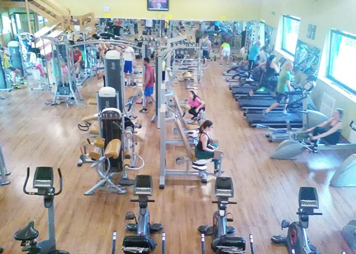 SALA PESI FITNESS PALESTRA BODY MIND
